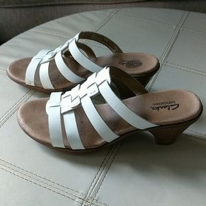 CLARKS Bendables Leather White Heeled Sandals